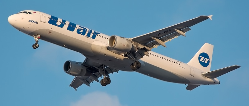 Airbus A321-200 UTAir (VP-BPS)