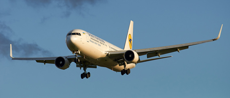 Boeing 767-322 Ukraine Airlines