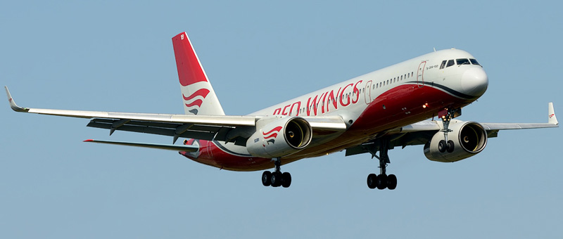 ТУ-204-100 (RA-64018) Red Wings Airlines