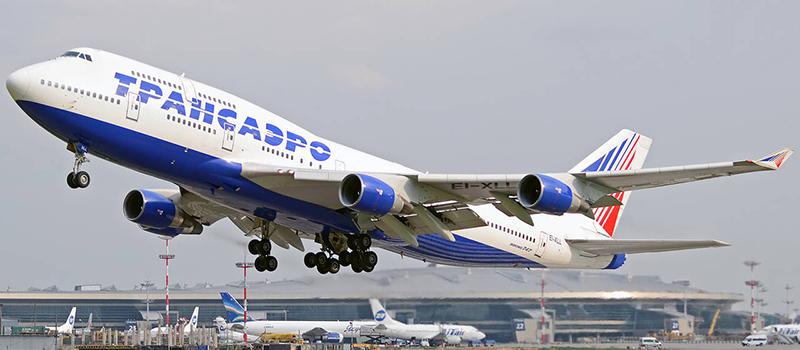 Схема салона Boeing 747-400 Трансаэро (522 места)