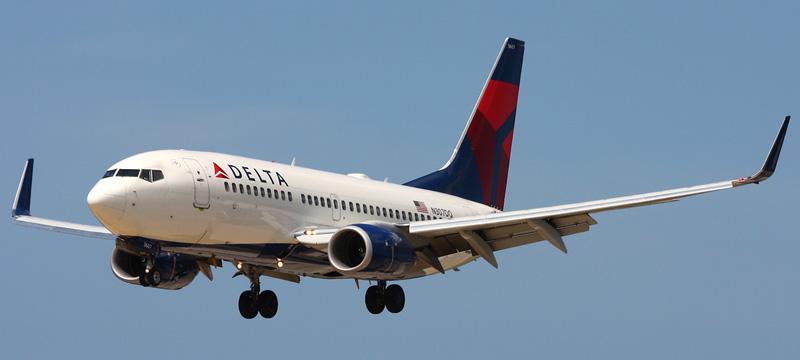 Boeing 737-700 Delta AirLines