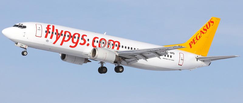 Boeing-737-42R-Pegasus